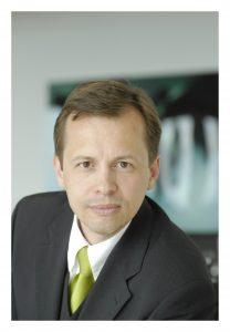 Dr. Andreas Scheuerle DekaBank