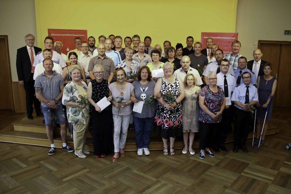 2019 06 03 Übergabe von Spenden im Havelland
